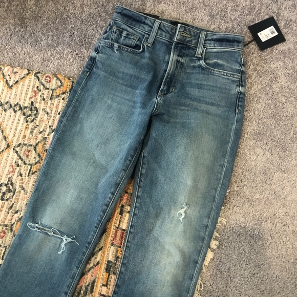 Joe's High Rise Cigarette Jeans (Never worn)